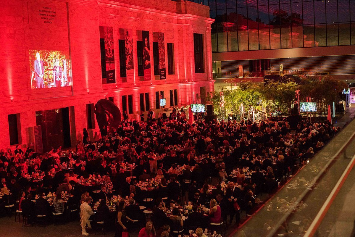 fundraising event cleveland ohio | lit crowd at night during the 2018 cleveland heart and stroke ball