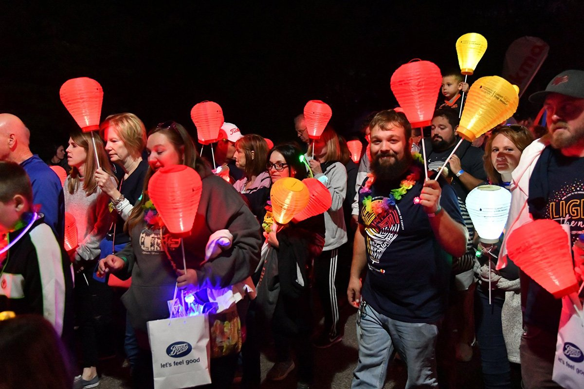 professional event planners | light the night 2018 march