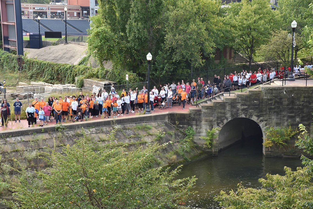 fundraising events akron ohio | akron heart walk over a bridge