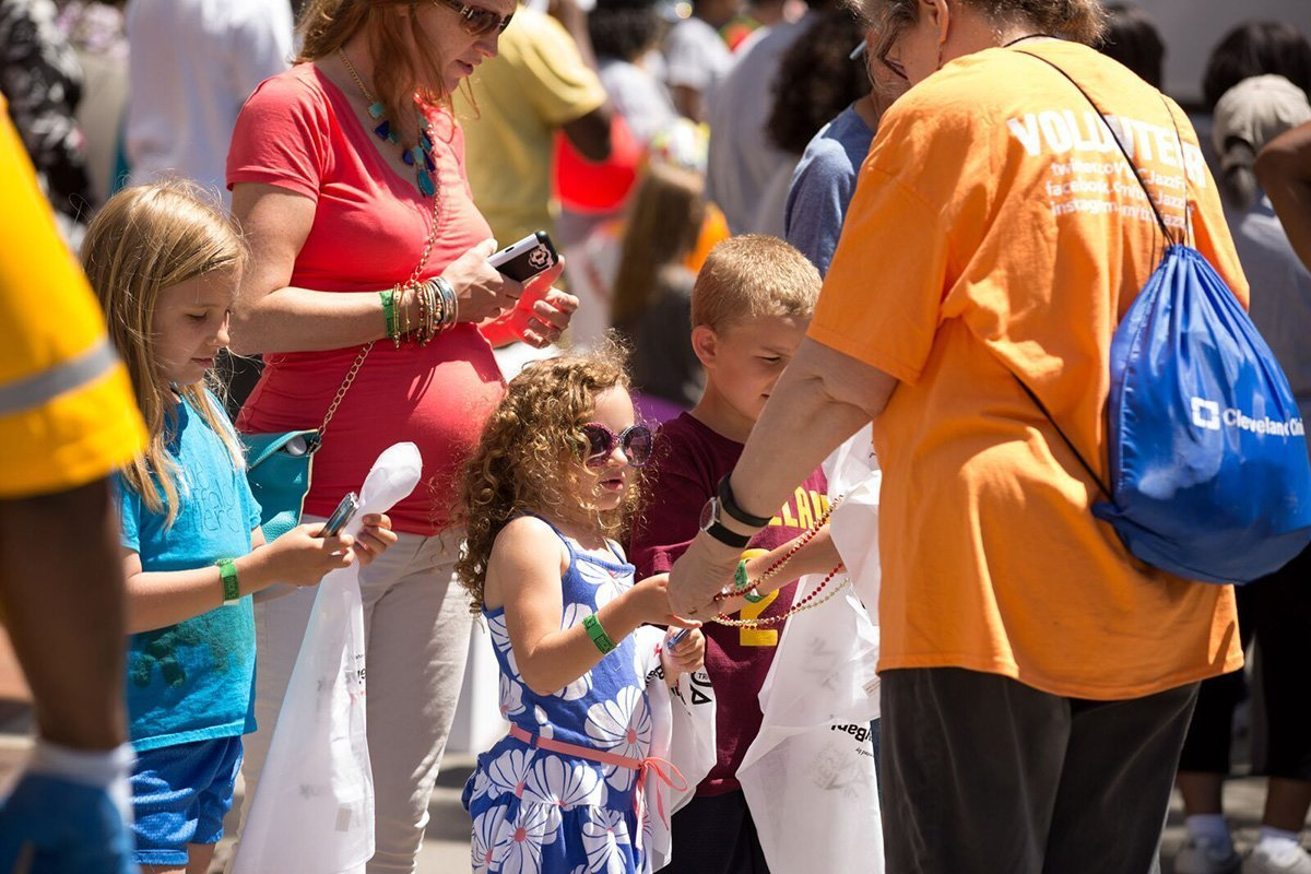 event planners cleveland | children and parents at the tri-c jazzfest