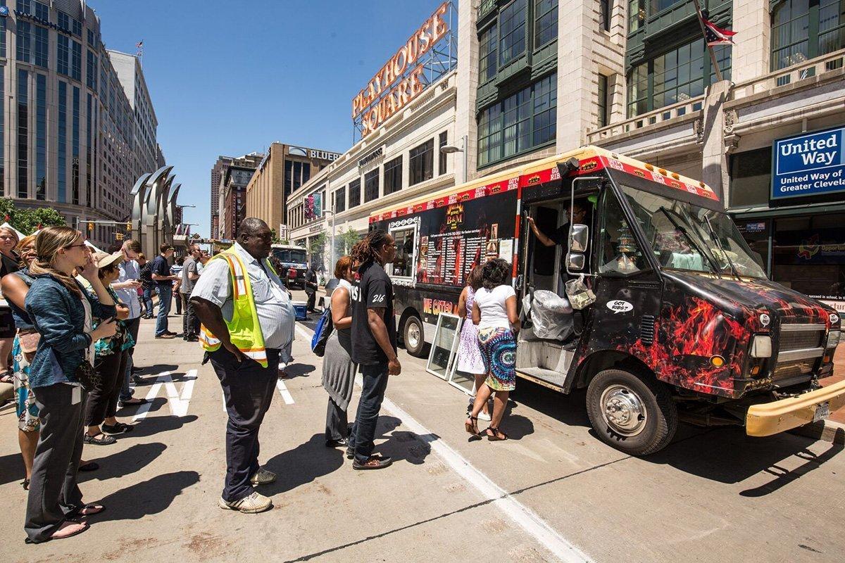 event logistics cleveland | food truck at the tri-c jazzfest